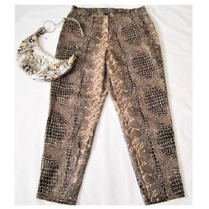 "Jeans Crocodile Print size 14W (35""waist, 46""hips)"